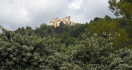 Tourettes le château