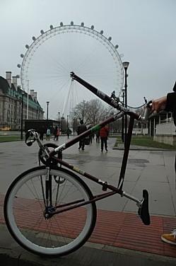 Velo-grande-roue.jpg