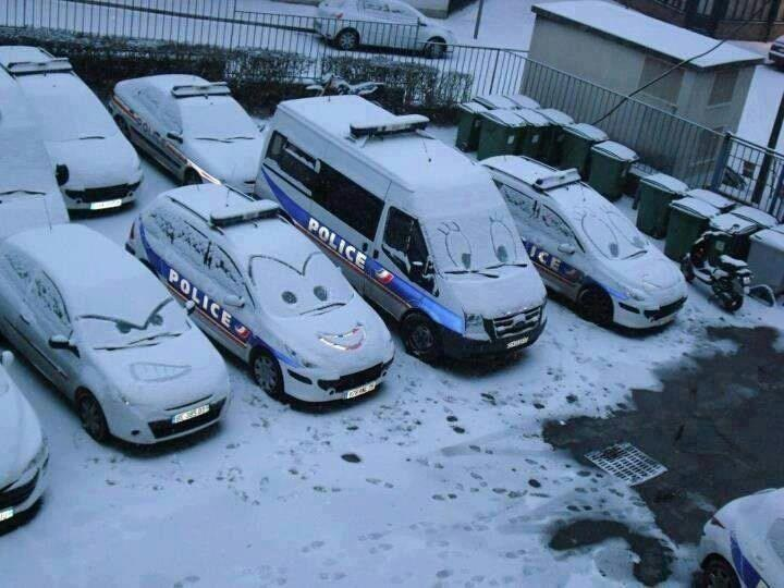 Véhicules police+neige