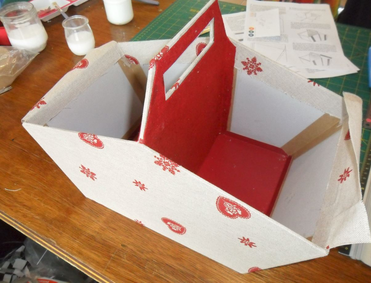 Cartonnage 5
