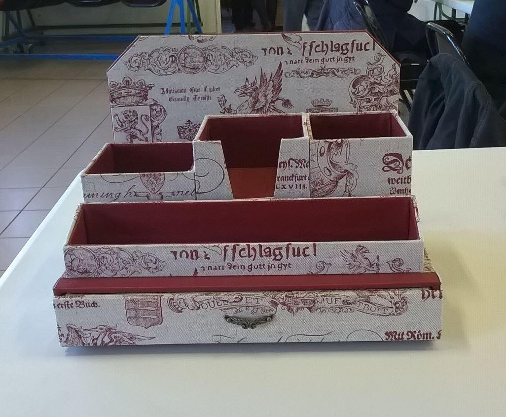 Cartonnage bureau