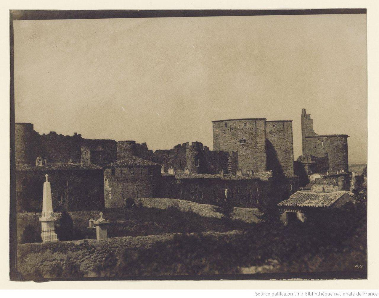 1280px-Cité_de_Carcassonne_par_Gustave_Le_Gray_4