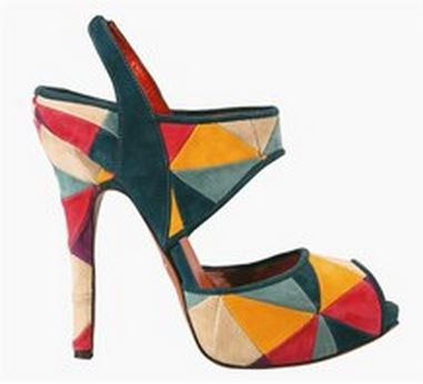 Chaussures 16