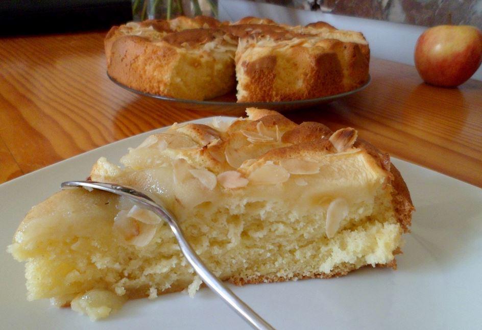 Gâteau au yaourts poire amande