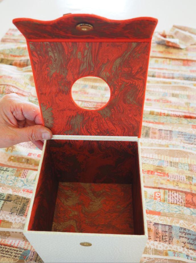 Carton 11