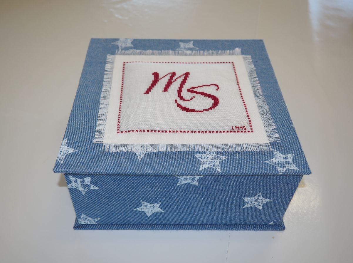 Carton 12