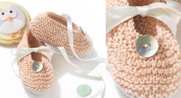 Les-chaussons-point-mousse-avec-ruban